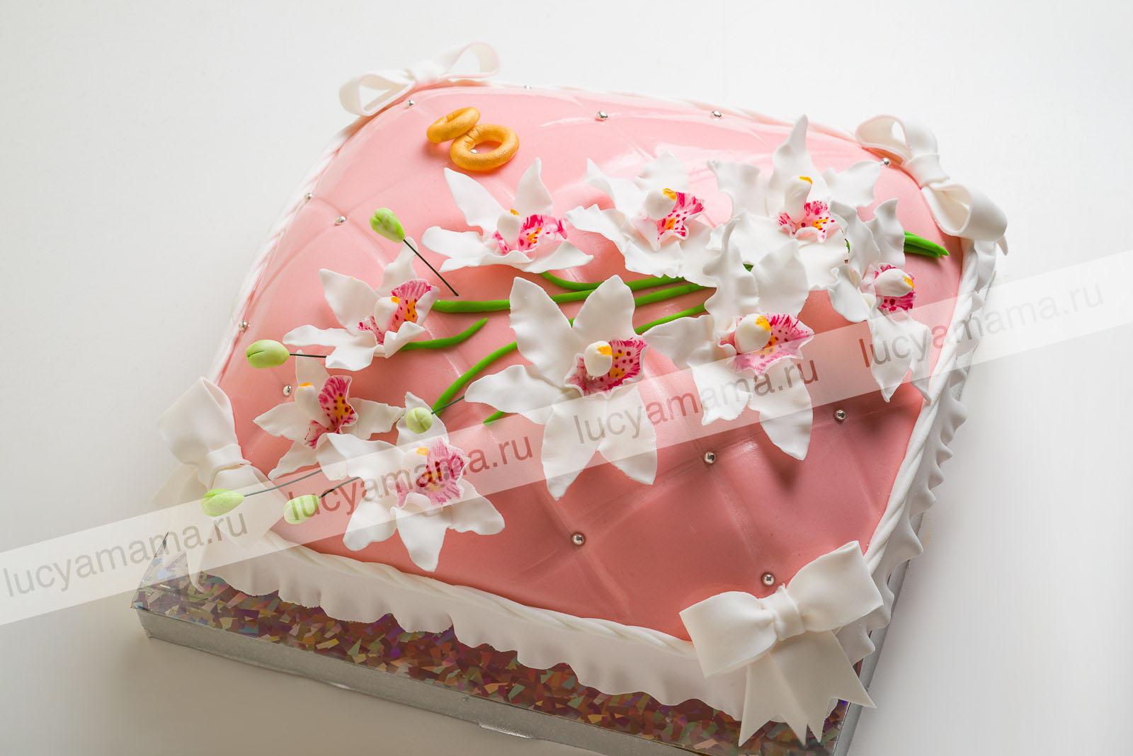 Торт свадебный с орхидеями