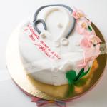 торт, день рождения, для медработника, бисквит, взбитые сливки, грецкий орех, малина, мастика